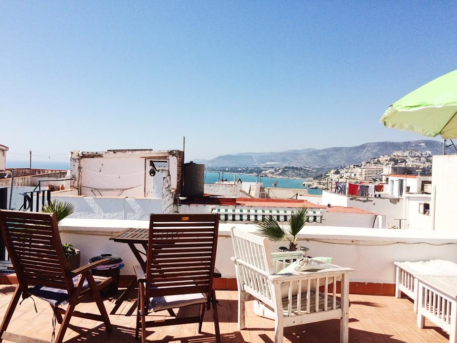 dios esta bien terrace view 1