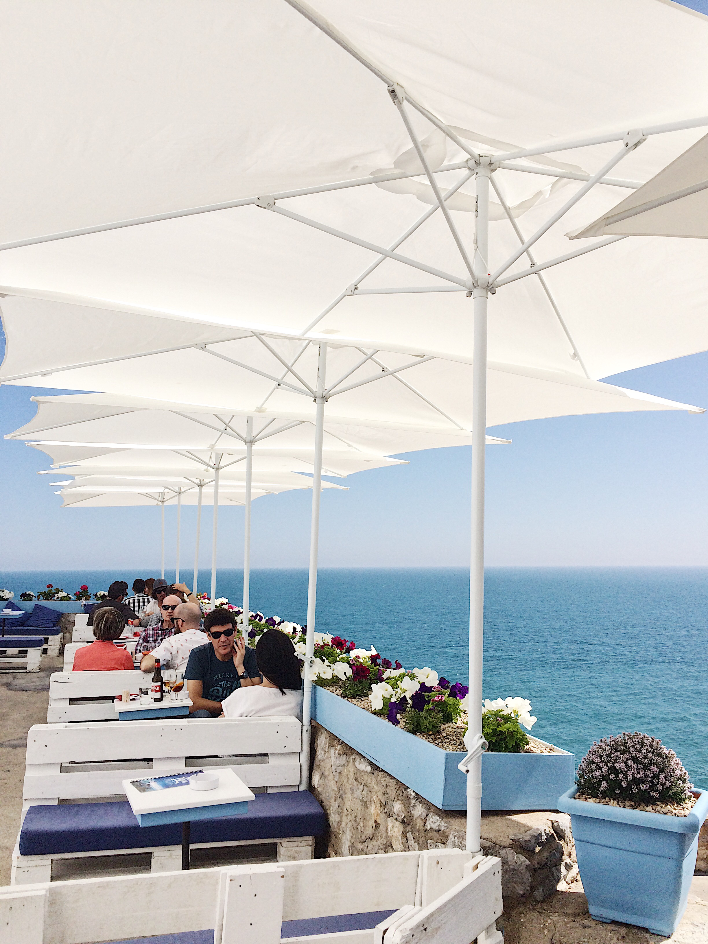 sea view bar 1