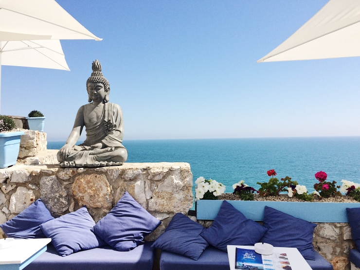 sea view buddha